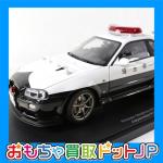 オートアート 1/18 スカイライン GT-R R34 埼玉県警 77351の画像レビューです。