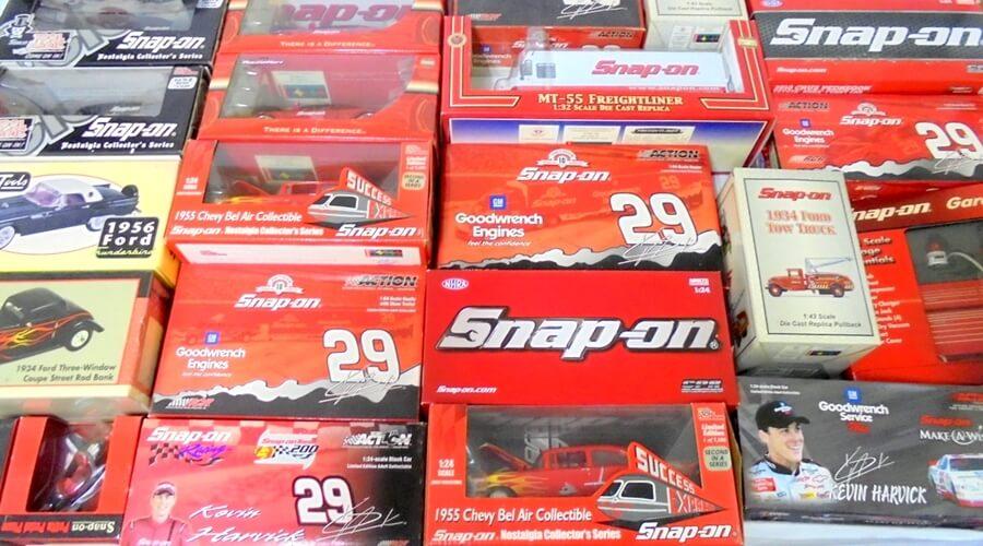 Snap-on ミニカー各種を大量買取させていただきました